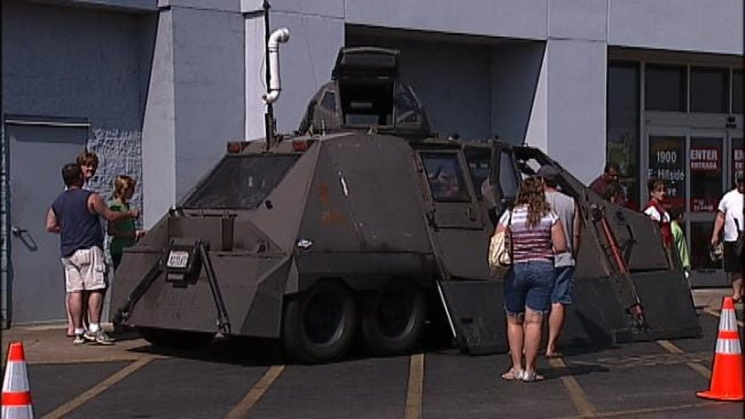 Discovery Channel 'Storm Chaser' Visits Broken Arrow
