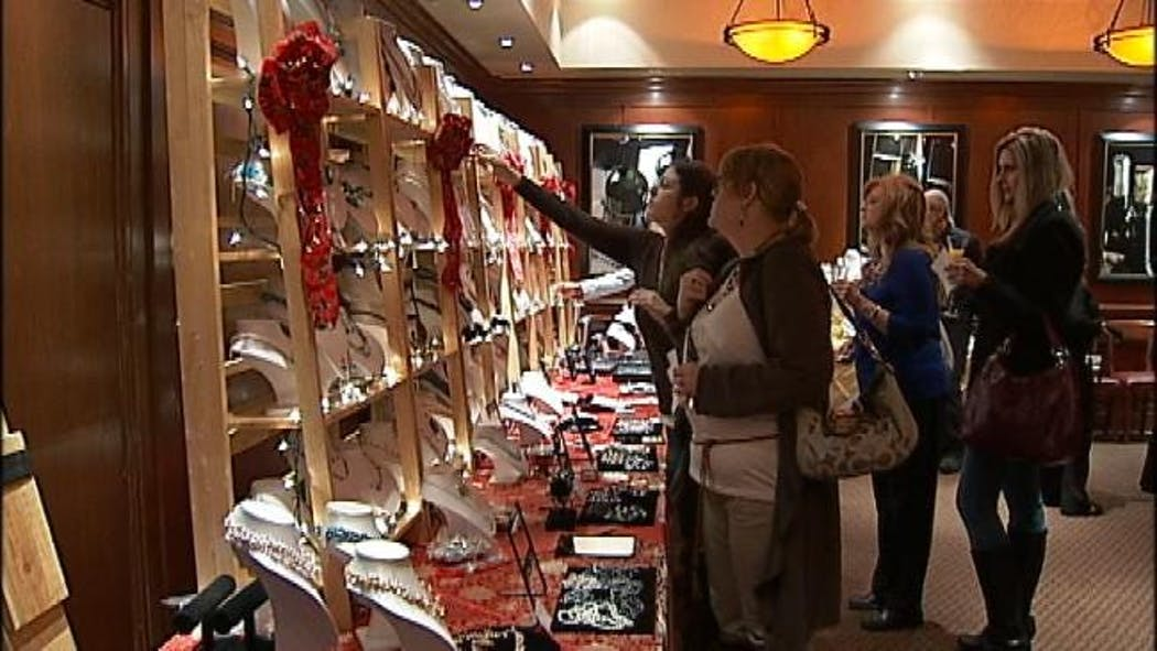 Annual Pearl Sale Benefits Green Country Girl Scouts