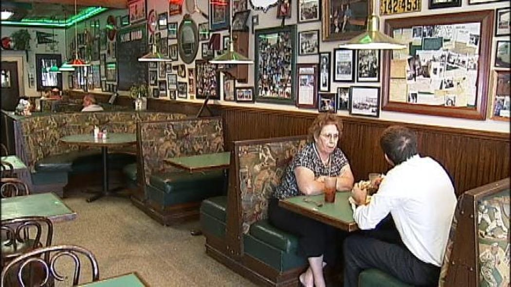 Cafe Run By Some Of Oklahoma's Own Celebrates 86 Years In Same Location