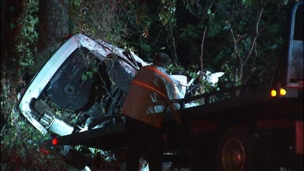 Two Men Killed In South Tulsa Wreck