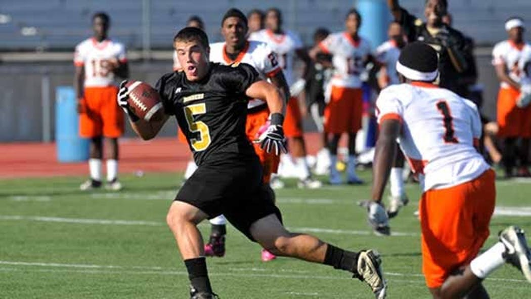 Oklahoma Football Squads Battle For Game Breakers National Finals