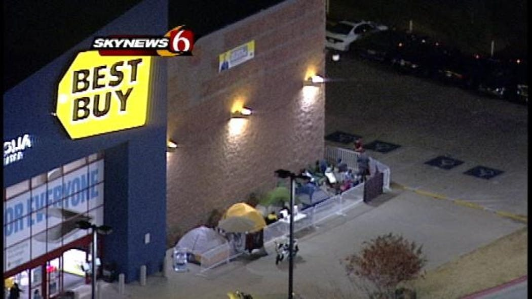 Black Friday Bleeds Into Thursday, As Stores Open On Thanksgiving