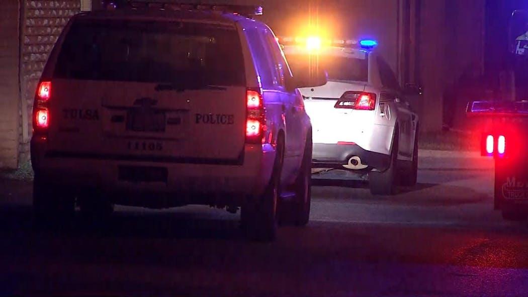 Police: Man Stabbed Attempting To Stop Tulsa Car Burglars