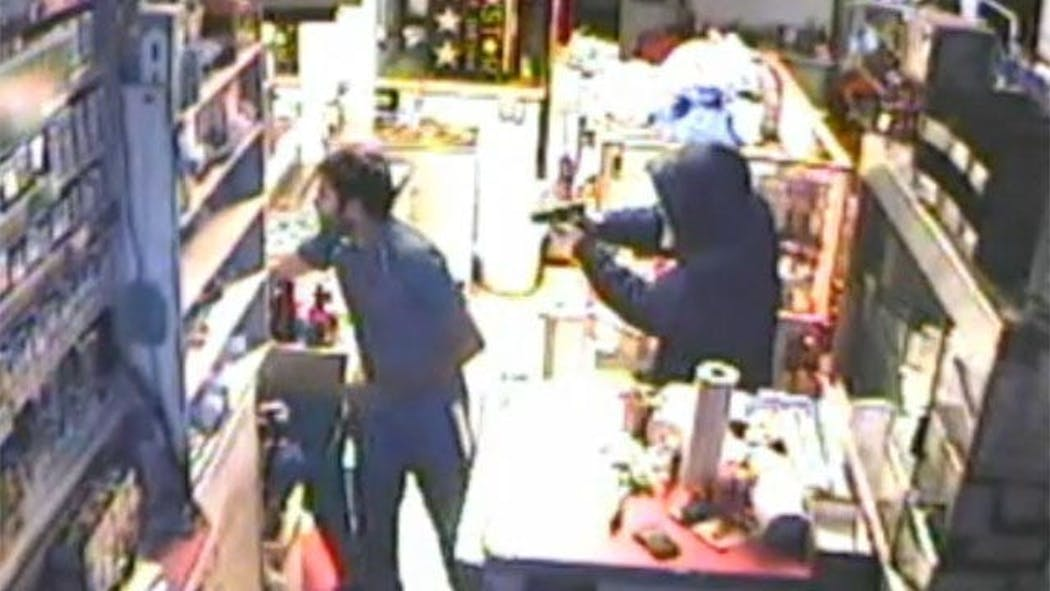 Robber In 'Scream' Mask Terrorizes OKC Convenience Store Clerk