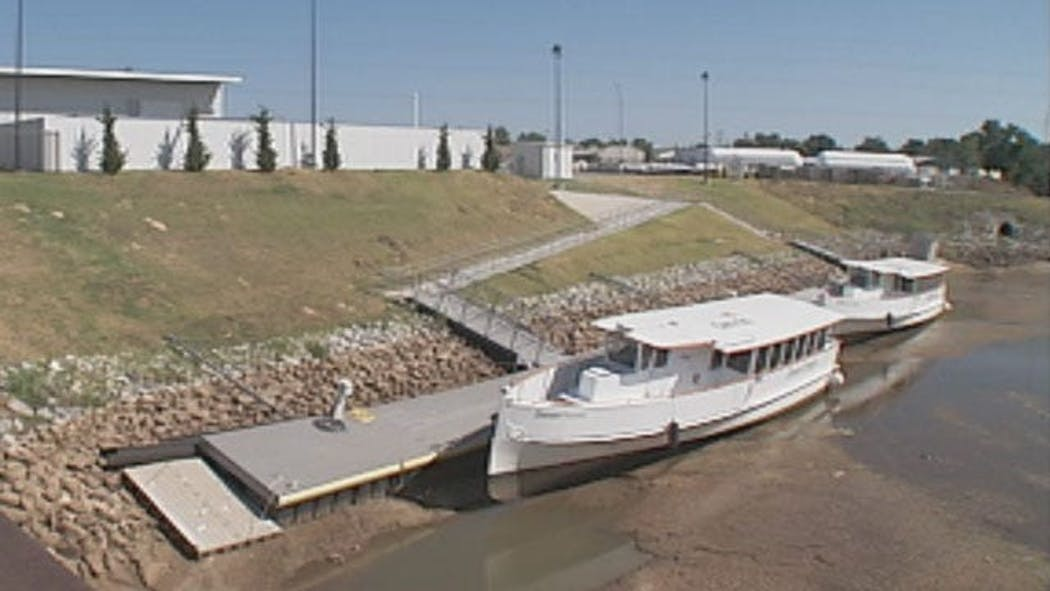Thunder Basin Ford >> Oklahoma River Cruise Boats At Risk In Dried Up River