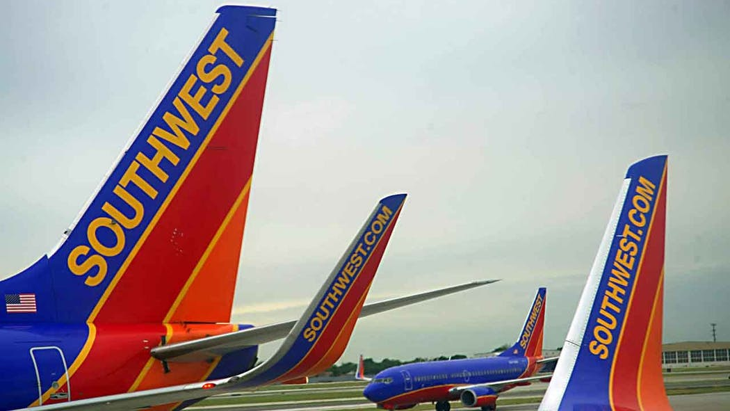 Southwest Airlines To Pay Employees Six Weeks Extra Pay In Profit-Sharing Bonus
