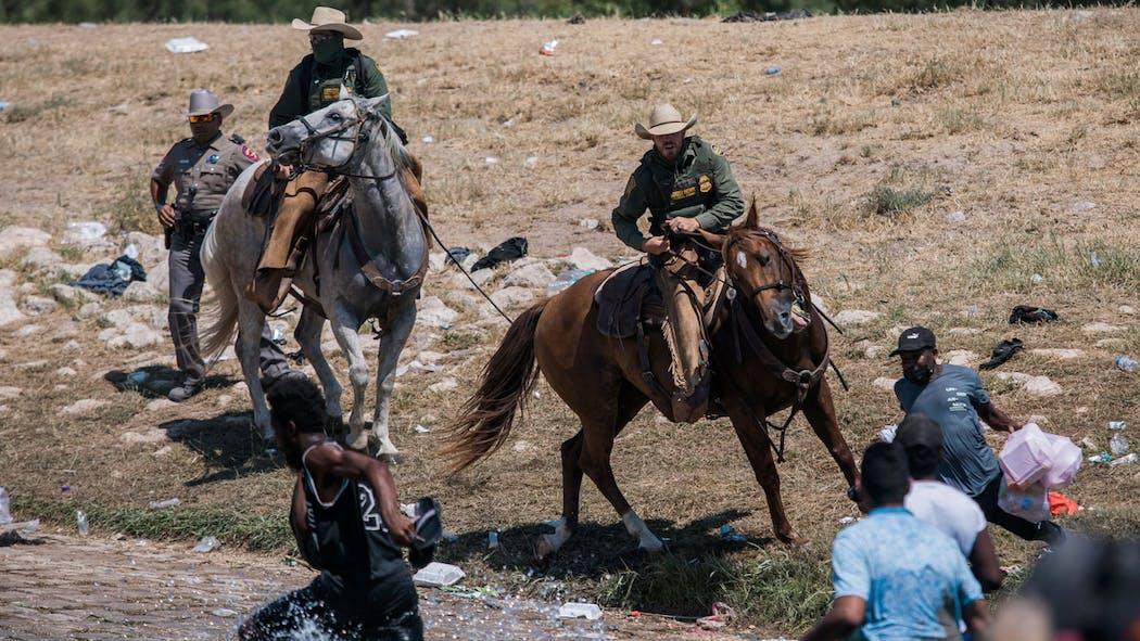 Border Patrol Whips Migrants 2